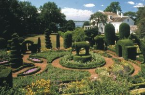 Green-Animals-Topiary-Garden