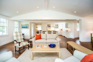 128 Webster St Newport living room
